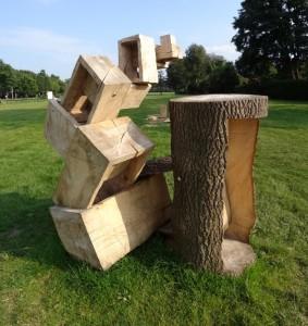 Luuk van Binsbergen Boxes out of box (Medium)
