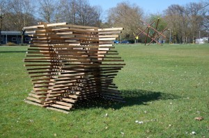luuk-van-binsbergen-sticks-building-2 (Medium)