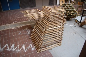 luuk-van-binsbergen-sticks-building-5 (Medium)